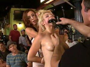 Demütigendes Rasieren des Kopfes der süßen blonden Sklavin Alana Pi
