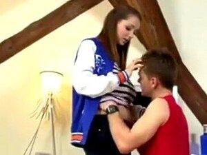Tschechisch Natürliche Titten Teen