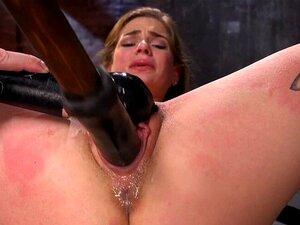 Sana Anzyu masturbiert mit großen Vibratoren und bekommt fetten Bukkake