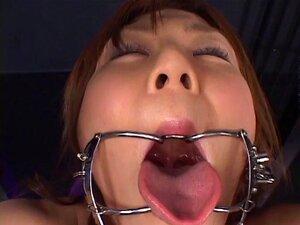 Das enge asiatische Luder Yuzu Shiina spritzt und nimmt Bukkake