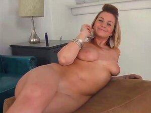 Nackt mollige blonde Free Mollig