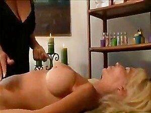 Amateur Ehefrau Lesbisch Massage