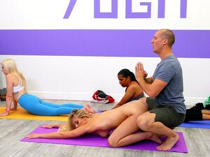 Schritt Mutter Fucks Sohn Yoga