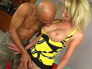 Blondine Interracial Titten Gefälschte ll▷ Blondine