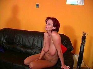 Reife frauen mit großen brüsten nackt