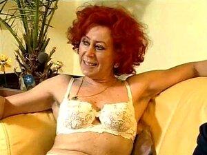 Rothaarige frauen nackt reife Rothaarige Frauen