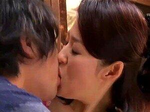 Japanisch Stiefmutter Fucks Sohn
