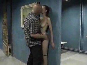 Im keller ficken ▷ Sex