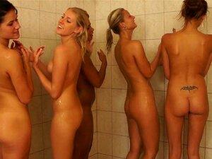 Hot Girls Umkleidekabine