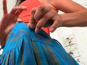 Fleisch jungfräuliche Muschi von blassen brünetten Teen aus Russland Sasha Mamaeva