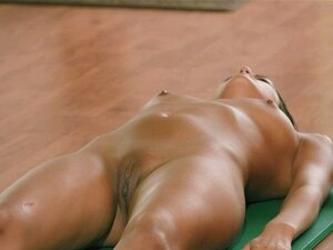 Yoga Flocke Nude Handy Pornos Nurxxx Mobi