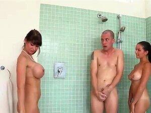 Porno unter der dusche Unter Der