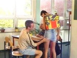 Hoch Schule Mädchen Gets Gefickt