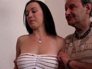 Bigsy verliert mit Tommy vor ihrer besten Freundin die Jungfräulichkeit