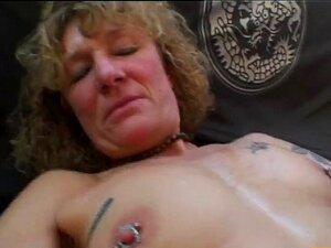 Piercing mit nackt frauen Piercing