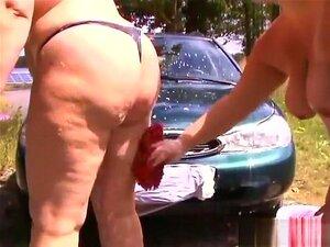 Auto nackte frau im Auto Porno