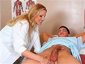 Patient Mädchen Doktor fickt Frauenarzt fickt