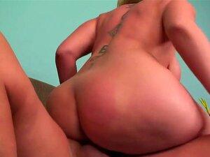 Curvy Blondine Große Titten Großer Arsch