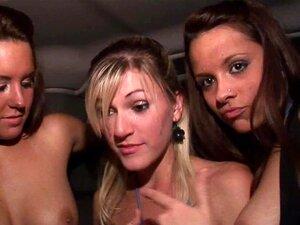 Studentinnen nackt party