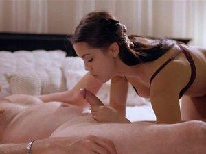 Alina Lopez gibt bj am Pool vor dem Orgasmus-Sex auf dem Bett