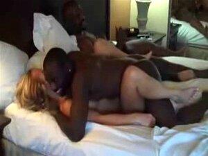 Schwarzer Junge fickt weißes Mädchen