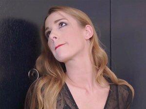 Alexis Crystal schluckt nach Hardcore-Anal