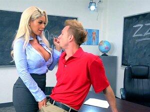Heiße weibliche Schullehrerin
