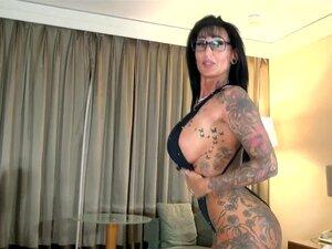 Amateur Nackte Tätowierte Frauen