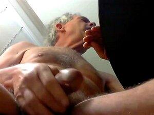 Nackt alter opa Gay Alter