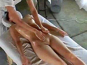 Massage Abspritzen Vergnügen Milf Eine Vollbusige