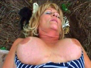 Nackt 60 Hot Naked