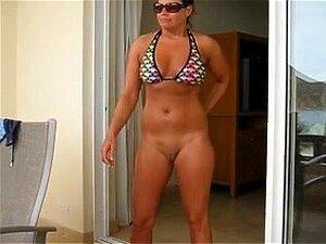 Frau nackt reife Reife Frau