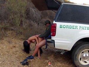 Latina gefangen Saugen Schwanz